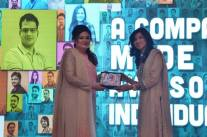 Receiving the Employees Choice Award for the Most Supportive Employee at Systems Limited